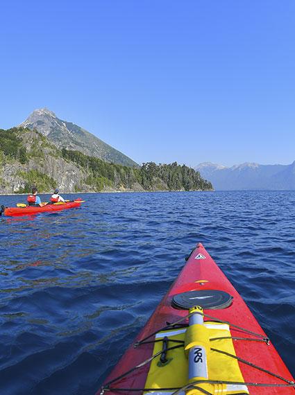 Cursos de Guía de Senderismo y Guía de Kayak